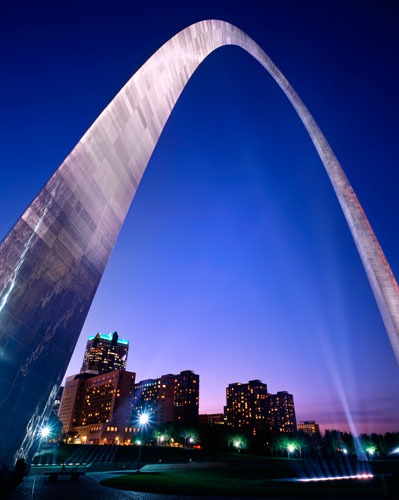 gateway arch photo by Debbie Franke