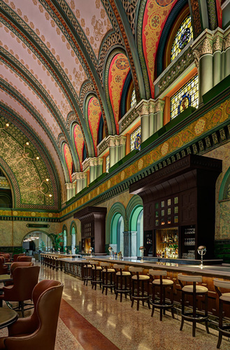 union station bar photo by Debbie Franke